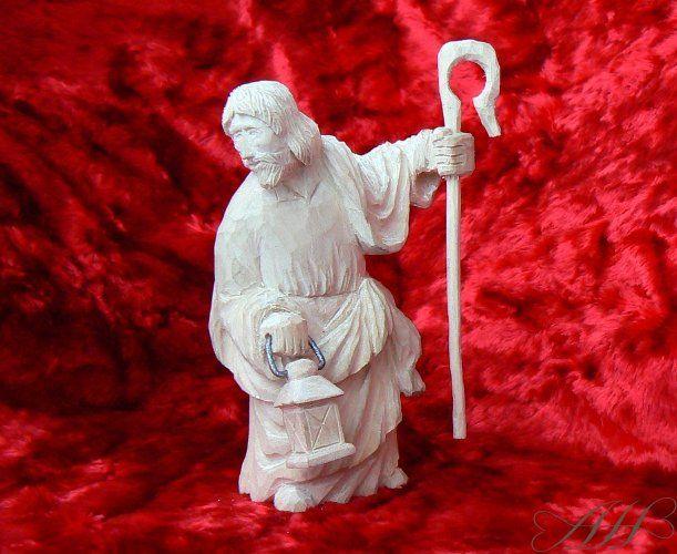 wooden carved figure 10 cm