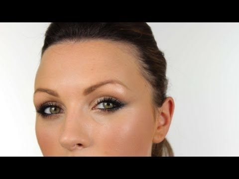 Olivia Wilde-inspired makeup. Really simple, but beautiful smoky cat-eye. I'll have to try this!