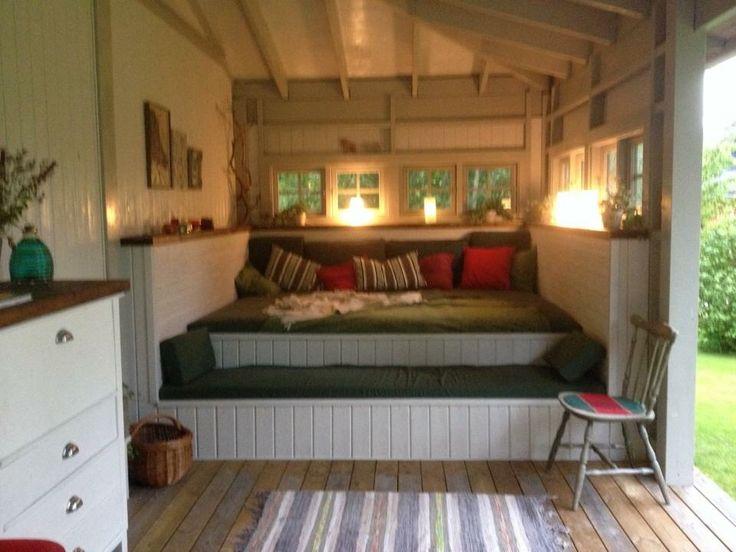 Säng/soffa på veranda