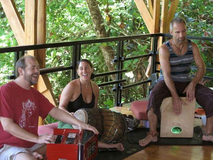 What is #mantra? How does your #yoga practice enhance #creativity and connection? Read this interview with #kirtan artist Dave Stringer to find out...