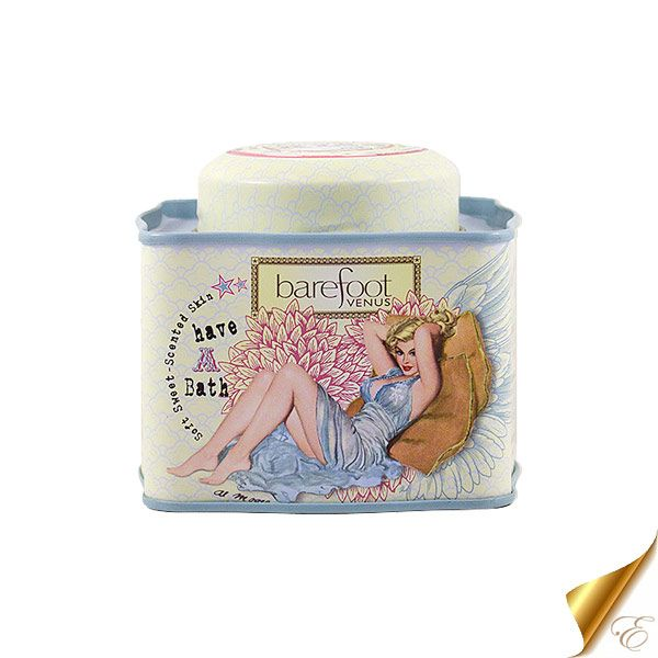 The weekend is almost here, which means it's time to relax!  Unwind from a long week of work and Christmas shopping with Barefoot Venus' Coconut Kiss Bath Soak!  Enriched with cocoa butter, shea butter and sweet almond oil that will leave your skin feeling soft and hydrated.  Also a great stocking stuffer idea for almost anyone still on your list! Barefoot Venus #abbotsford #abbotsfordspa #europeandayspa #europeandayspaandsalon #bath #bathsoak #coconut #smellslikevacation #softskin…