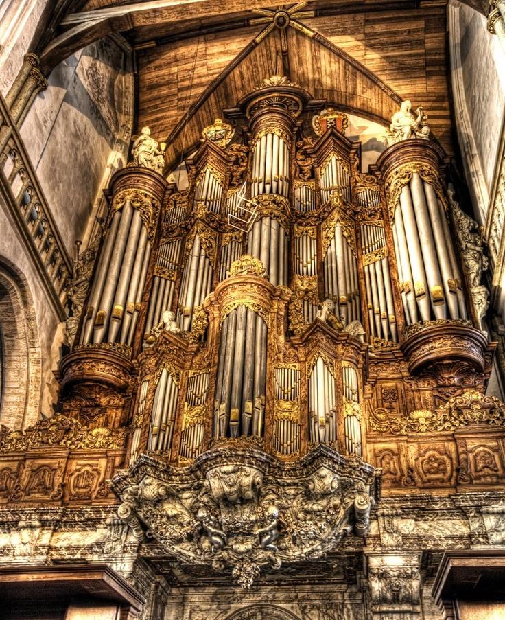 Oude Kerk organ, Red Light District, Amsterdam, Netherlands