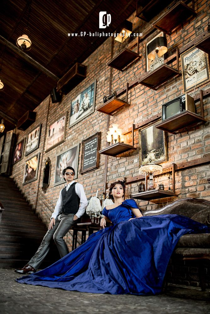 No word other than AWESOME, for describing this Italian style indoor restaurant. The Bistrot, was a very popular indoor spot among the wedding photographer in Bali. It was designed in a very classic way. The high entrance fee for taking photo, was make this place more famous.