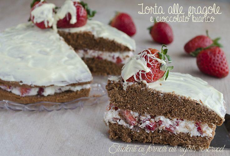 Torta alle fragole e cioccolato bianco http://blog.giallozafferano.it/studentiaifornelli/torta-alle-fragole-e-cioccolato-bianco/