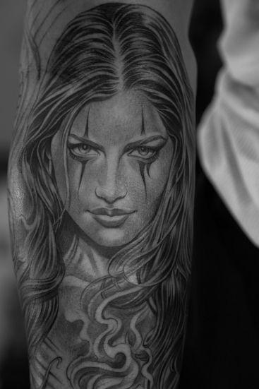 Lowrider Tattoo Studio