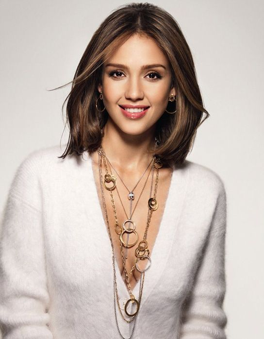 jessica alba bob haircut | Jessica at present has become one of Hollywood's hottest star.