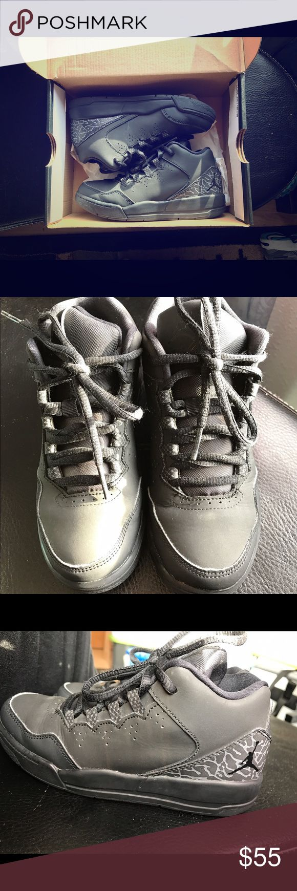 Jordan Flight Origin 2 BP Jordan's in excellent condition. Worn less than a handful of times. A water mark on the side but a good wipe down or a toss in the wash would make it look new again. Please ask questions if you have any. Jordan Shoes Sneakers