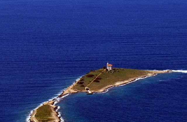"""Daniela Scarel """" ARTE """": Faro di Plocica in Croazia dove Dormire"""