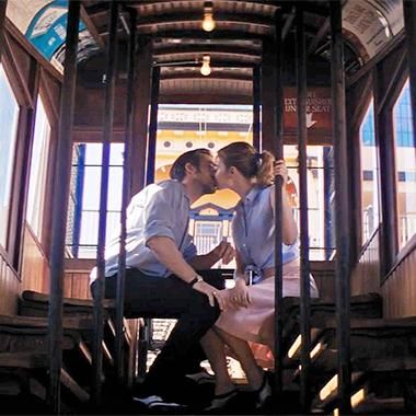 Movies: La La Land: Emma Stone sings her heart out in breathtaking teaser trailer