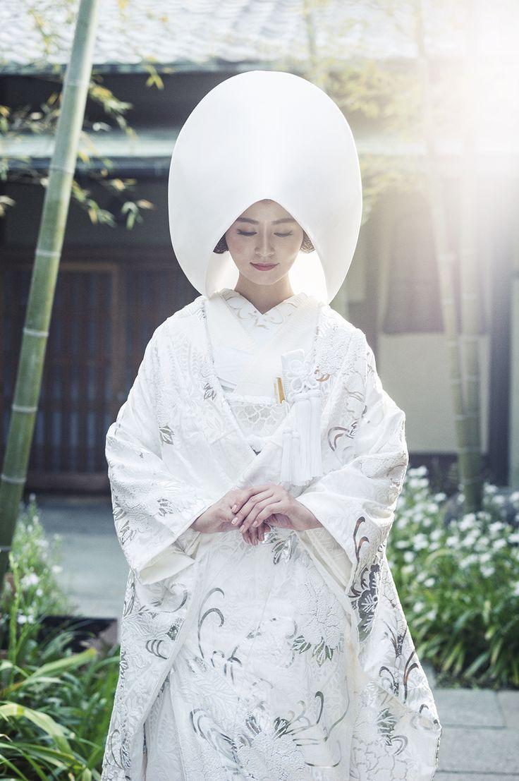 和婚ならではの儀式♡神前式で神に夫婦の愛を誓う『誓詞奏上』って何言うのか知ってる?にて紹介している画像