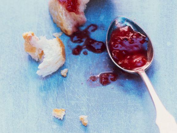 Himbeer-Kakaobohnen-Marmelade ist ein Rezept mit frischen Zutaten aus der Kategorie Marmelade. Probieren Sie dieses und weitere Rezepte von EAT SMARTER!