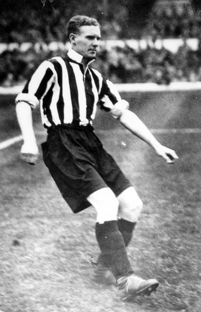Jack Swain of Grimsby Town in 1936.