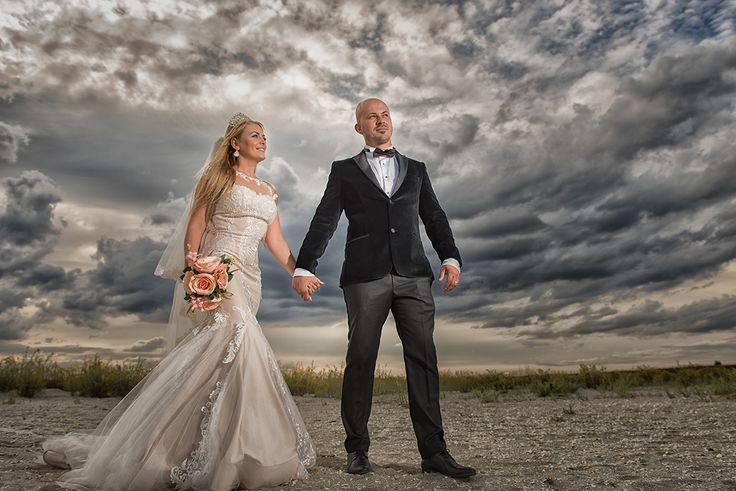 Cât costă o ședință foto pentru nuntă?