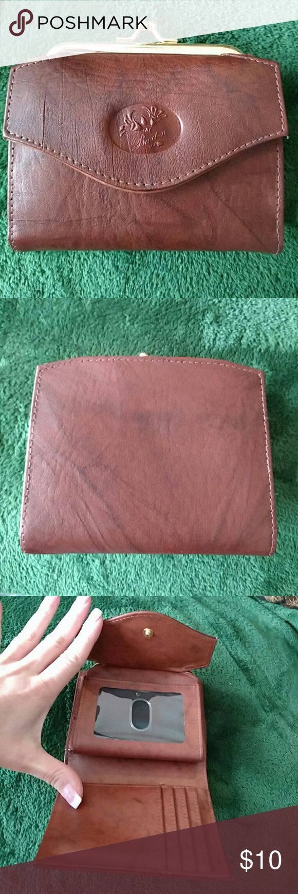 Buxton wallet Used once! Pristine condition! Genuine leather brown wallet! Buxton Bags Wallets