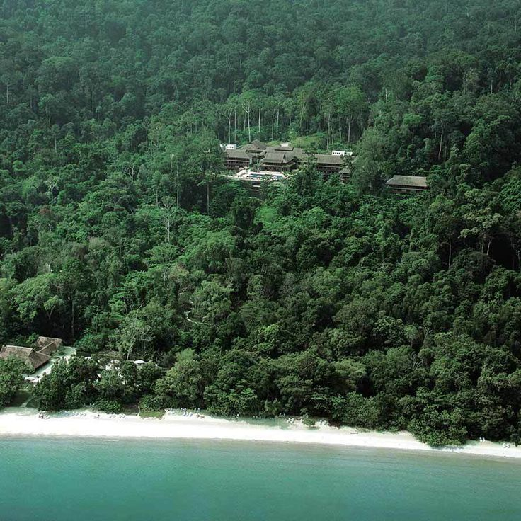 Jungle Beach edge, The Datai Langkawi vossy.com