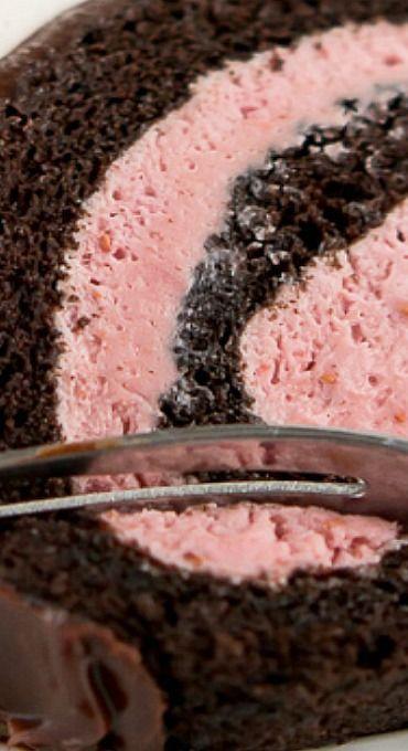 Raspberry Chocolate Swiss Roll