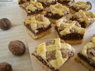 Kipróbált és bevált receptek ...: Mágnás diós süti