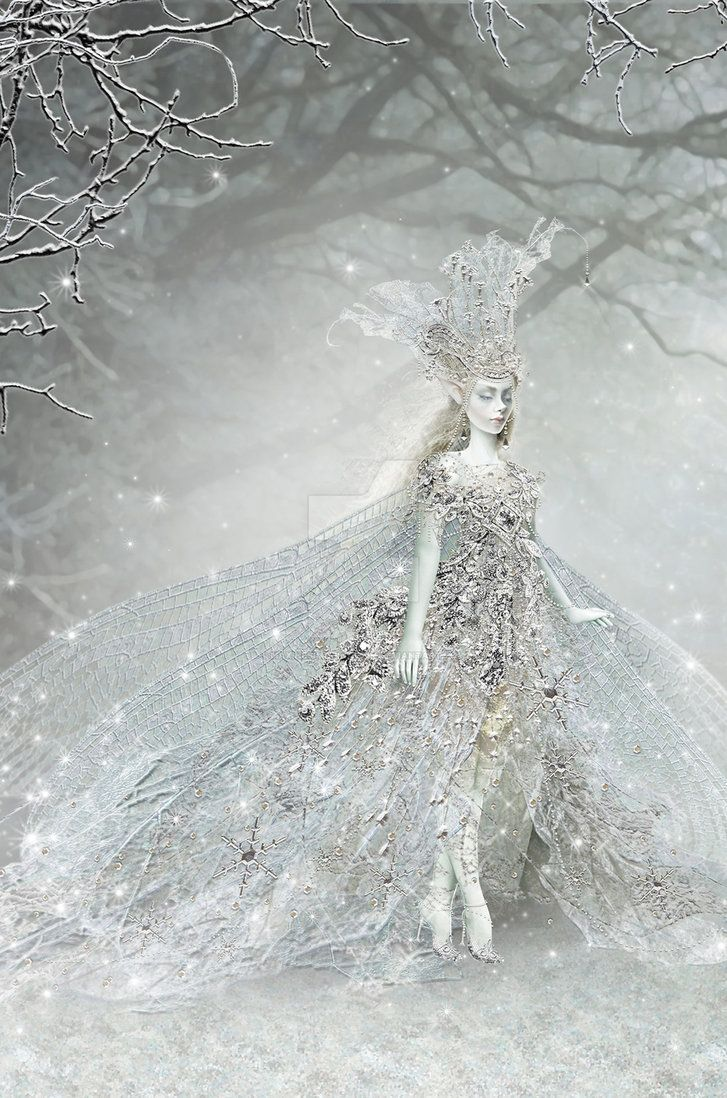 Snow elves by Maxine Gadd ~•º•~>¡<•º•>!<•º•>¡<~•º•~