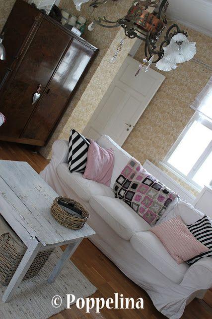 Living room. http://poppelina.blogspot.fi