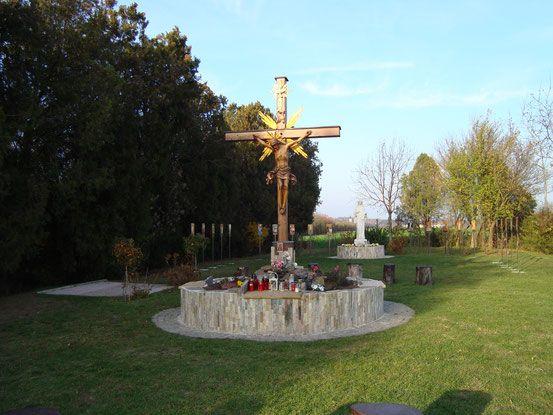 Gebetsgarten bei Stammersdorf (Blick gegen Norden, der Ort im Hintergrund) (12.11.2015)