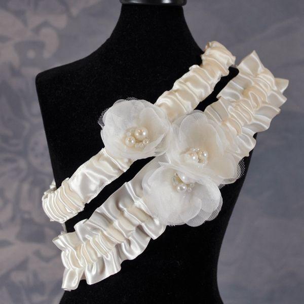 Delicate Flower Wedding Garter 19