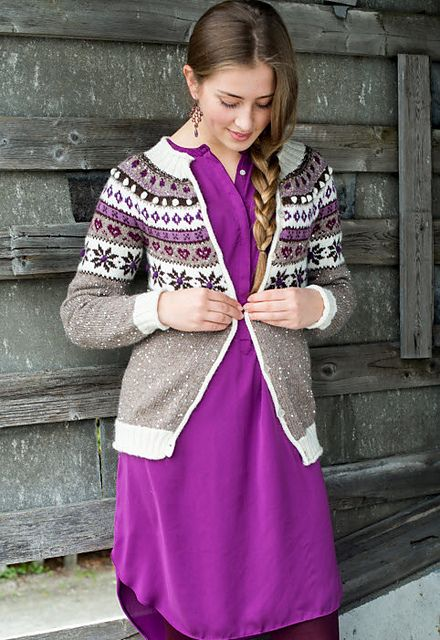 Ravelry: Snow White cardigan pattern by Birthe Aartun - free knitting pattern