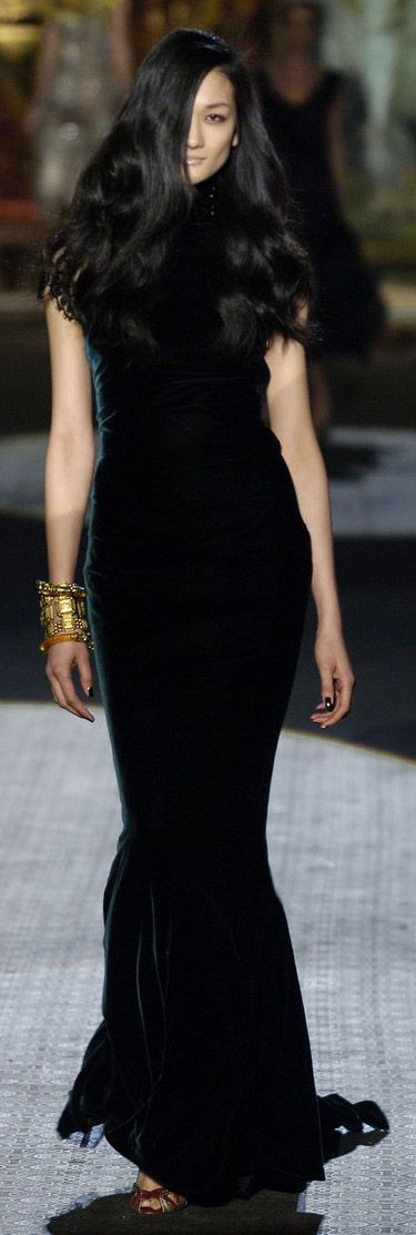 "Roberto Cavalli 2006 #Fashion ✮✮""Feel free to share on Pinterest"" ♥ღ www.catsandme.com"