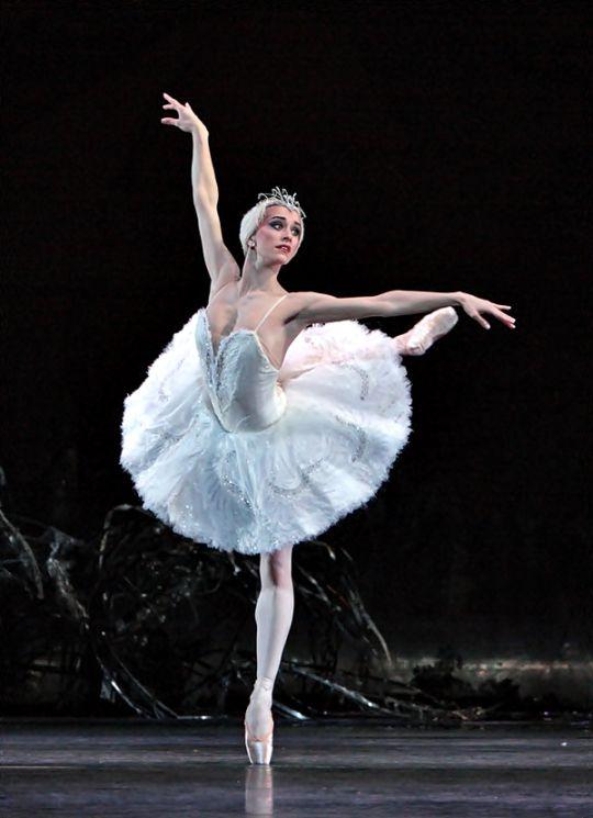 Marianela Nunez Royal Ballet principal #TopshopPromQueen