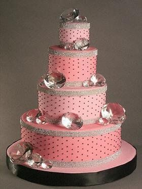 bling wedding cakes uk 1000 ideas about bling cakes on wedding cakes 11936
