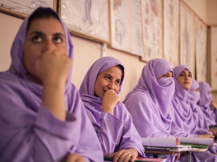 #Fotograaf Reinier van Oorsouw schuwt omstreden plekken niet. Hij vertelt ons over zijn reis naar #Afghanistan.