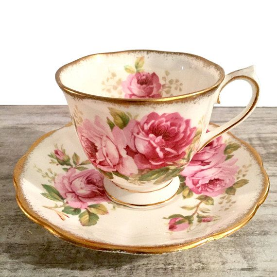 Lovely Royal Albert American Beauty Tea cup and saucer, made in England. The American Beauty pattern was made between ca.1940-1990. Perfect for having your cookie or a snack with your tea on Valentines Day! : ) Condition: Very good, minor wear. No cracks or crazing. Items are