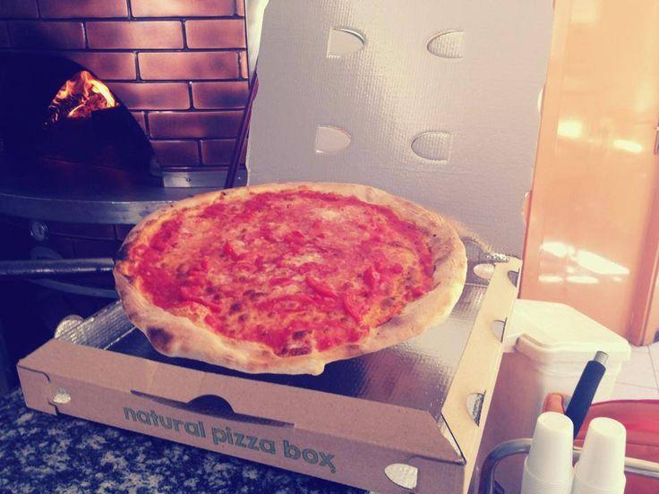 Natural Pizza Box + PET
