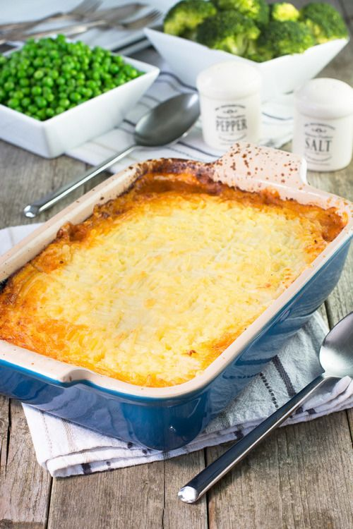 My take on a traditional Shepherds pie with lamb mince root #hashtag