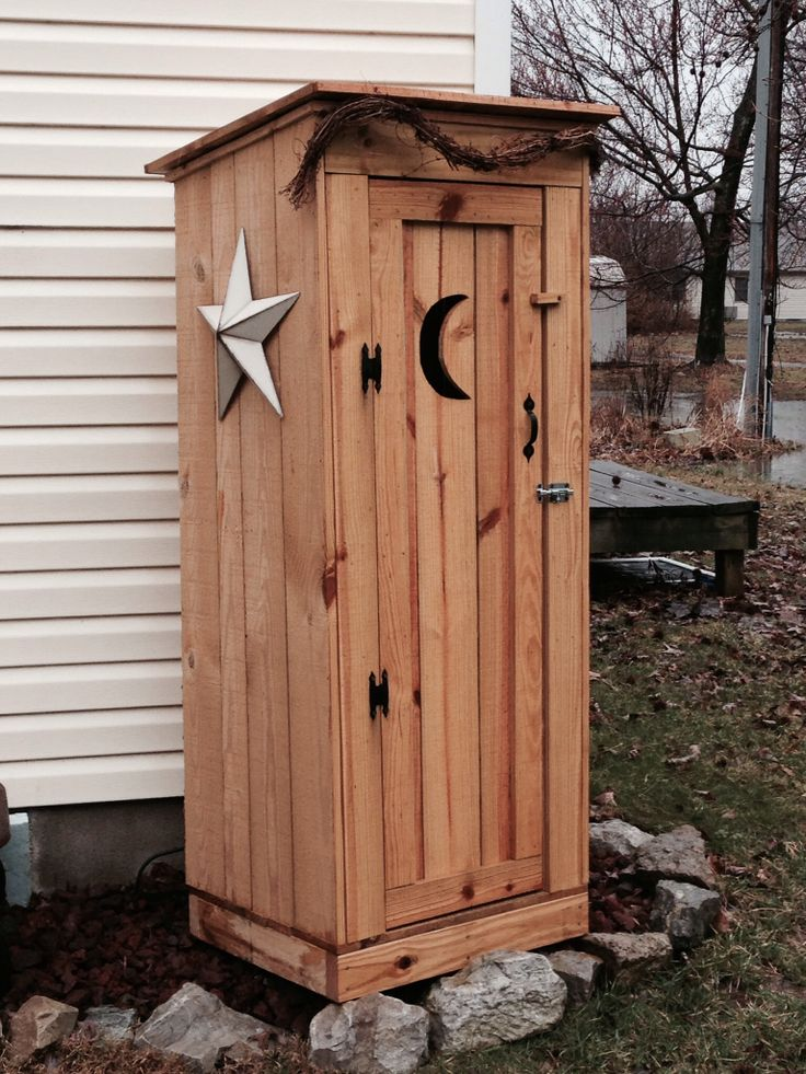 Big Red Wagon >> My new decor outhouse | J's Uniques | Pinterest | Decor