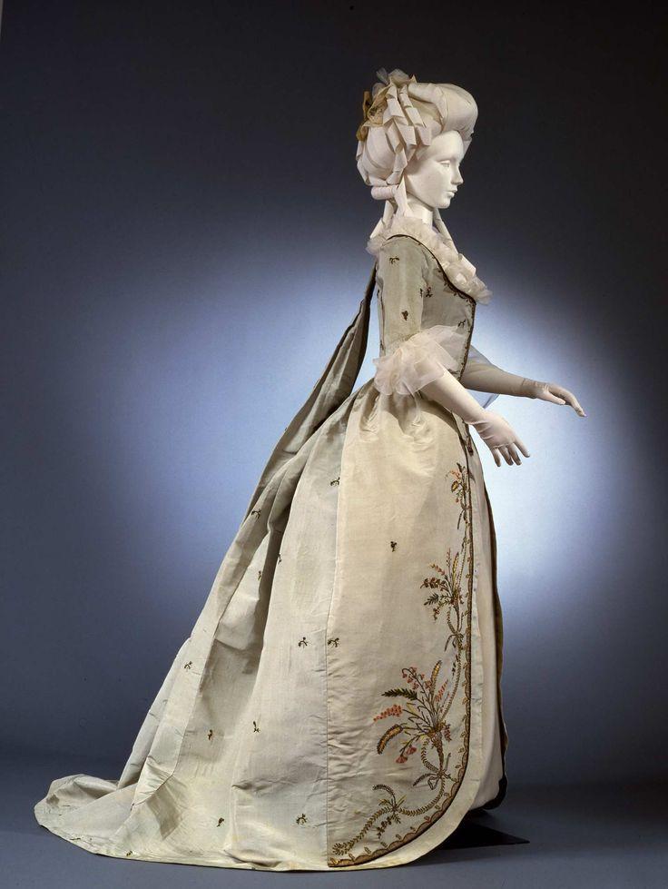 Robe à la piémontaise Provenance Galleria del Costume di Palazzo Pitti Temporal keyword 1780 ca. Creator Manifattura italiana