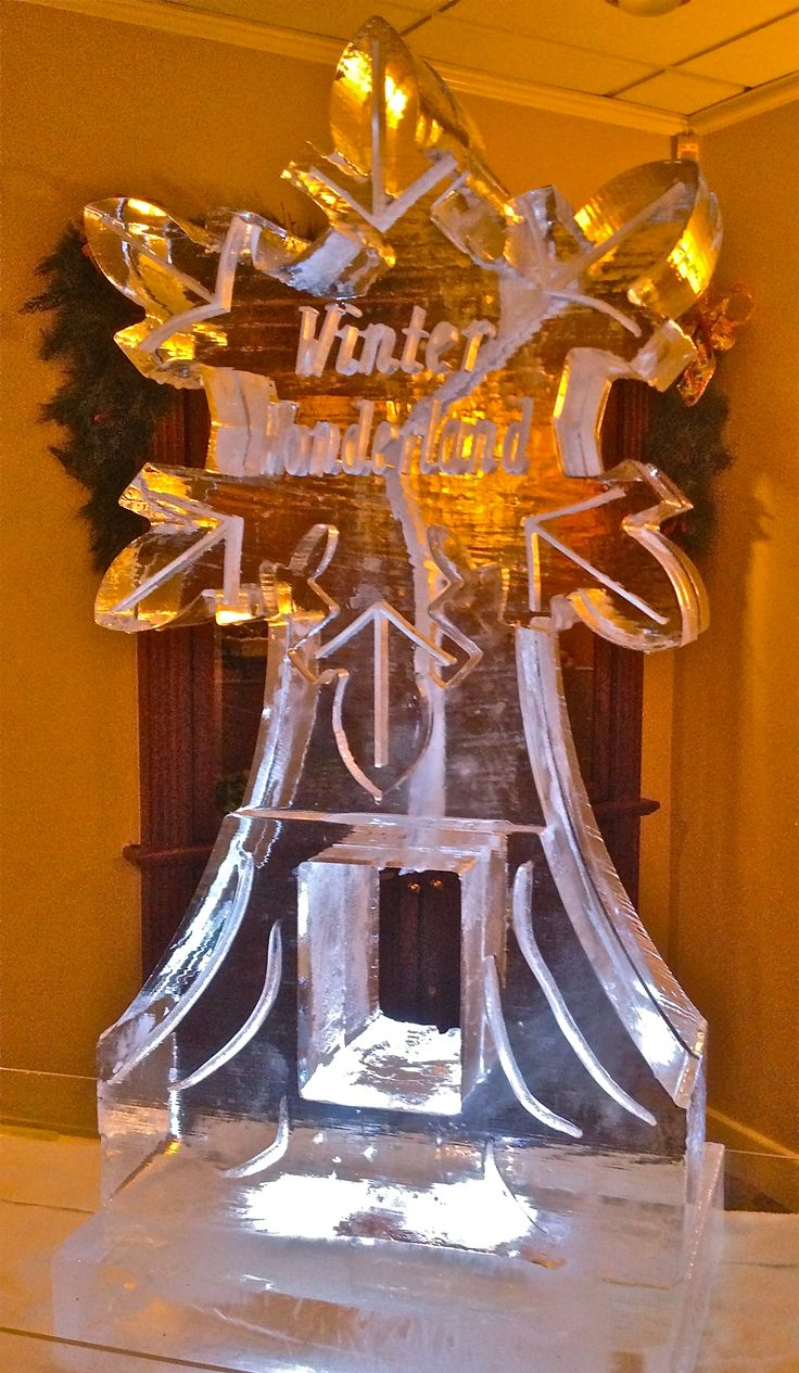 Winter Wonderland Snowflake Ice Luge Ice Sculptures