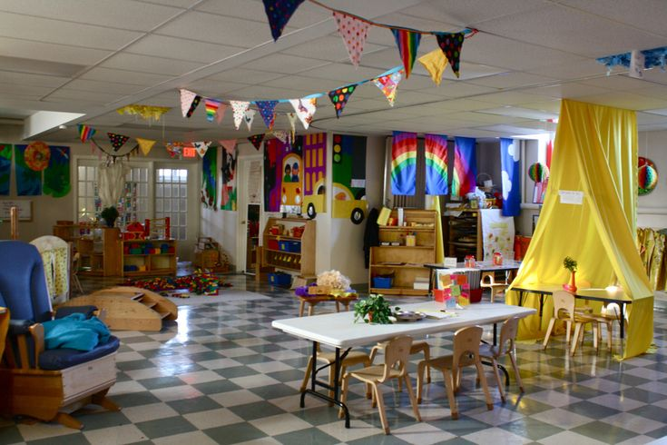 A Learning Space Filled with Character | 30 Epic Examples Of Inspirational Classroom Decor