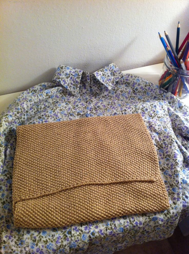 Tutorial 2: recycling a used shirt to line IPad cover