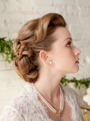 Hot Wedding Hairstyle Trends - Choosing a Wedding Hairstyle | Wedding Planning, Ideas  Etiquette | Bridal Guide Magazine