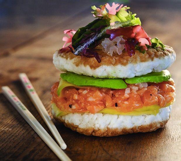 Já imaginaram hamburguer de sushi? Parece que essa é a mais nova tendência gastronômica!