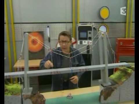 C'est Pas Sorcier - Les Ponts 1/3 - Science videos for grade 3, 4 and up (?).