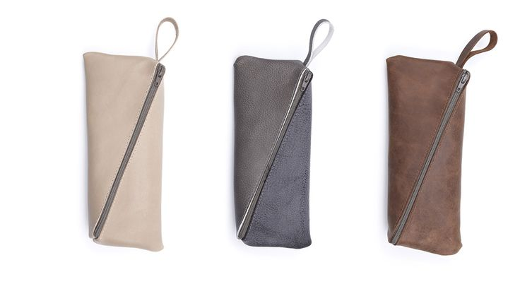 Get organized with one of the Pencil Cases of the Measure Collection by Doreen Westphal. The Measure Collection is made by skilled crafts people from 100% left over leather. Possible colors: brown, natural and grey.