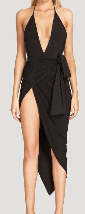 You will definitely make a statement with this dress! Perfect for beachwear or a night out with the girls. - Asymmetrical hemline - Deep V - Spaghetti Strap - High slit - Wrap tie