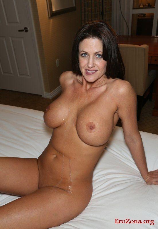 Массаж фото горячих сексуальных голых зрелых женщин влагалище кончают внутрь
