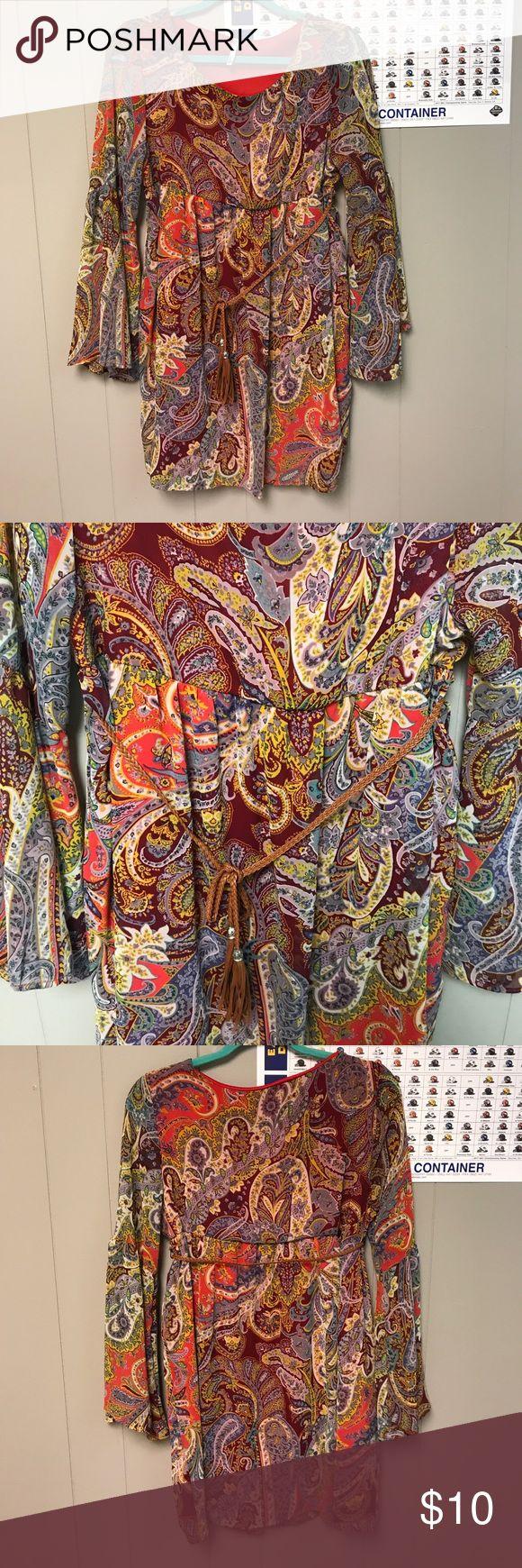 Juniors long sleeve dress size Medium Great Fall Dress. Size Medium! Dresses