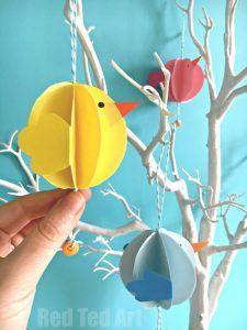 Egyszerű papír Chick Decor DIY - Húsvéti dekoráció. Ilyen aranyos kis papír díszek egy húsvéti partyra. Szeretem az összes Chick DIY-t.