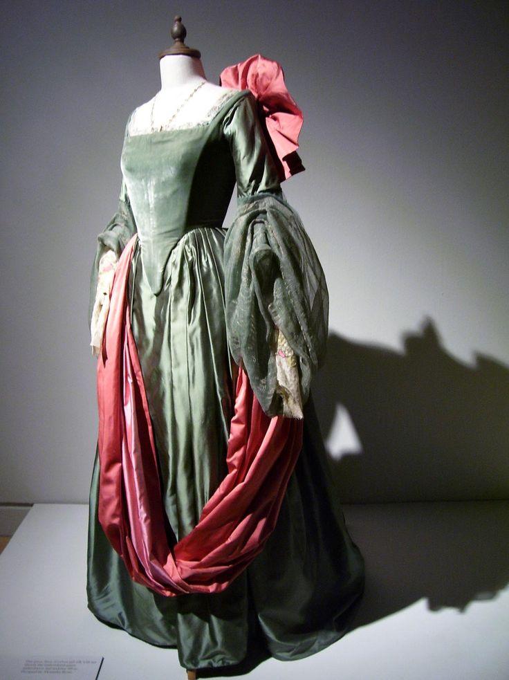 A gown worn by Cate Blanchette as Queen Elizabeth I in the film Elizabeth.