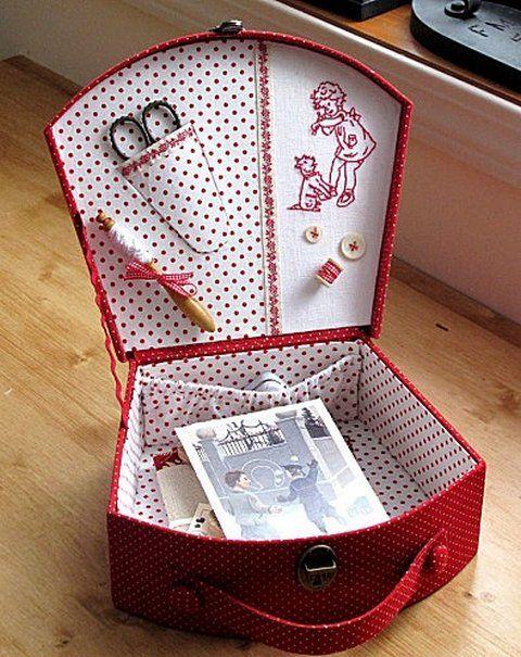 Красивый чемодан из картонной коробки своими руками