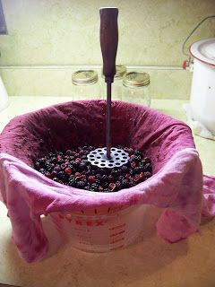 how to make SEEDLESS blackberry jam