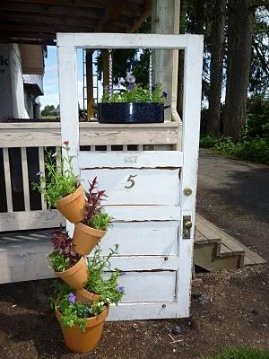 Old Door and tipsy potsDoors Planters, Rustic Doors, Diy Outdoor, Gardens Planters, Flower Pots, Outdoor Decor, Tipsy Pots, Old Doors, Fine Doors